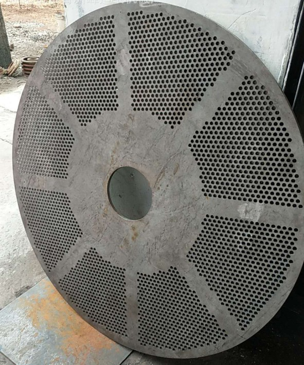 Papermaking pulp equipment pulper impeller spare parts customized stainless steel screen plate and rotating blade